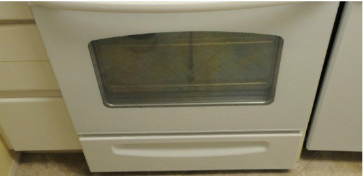 Here S The True Purpose Of That Drawer Under Your Oven Warming Drawer Stove Appliance Drawers