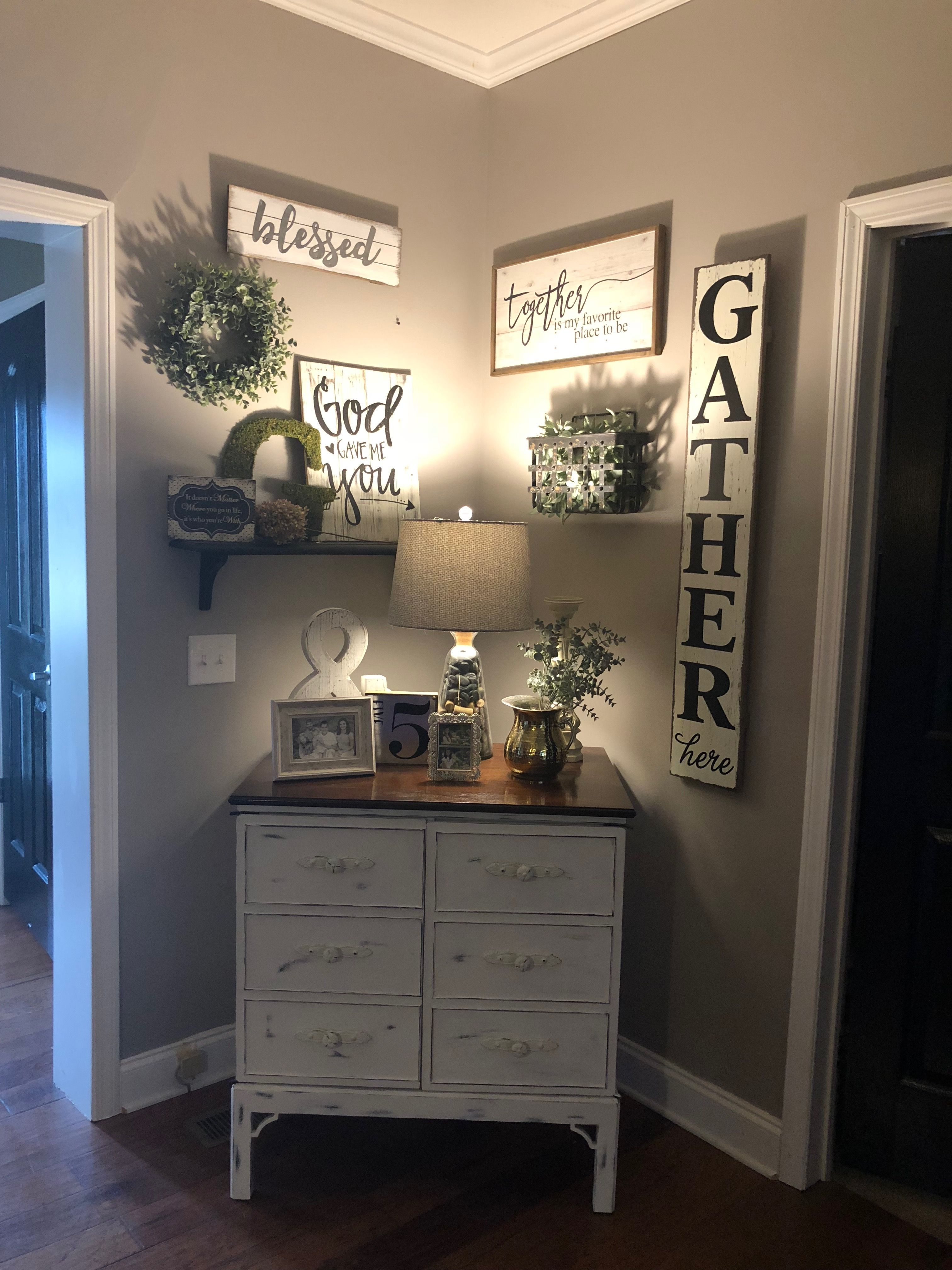 Ahhthe perfect amount of farmhouse style! I distressed the
