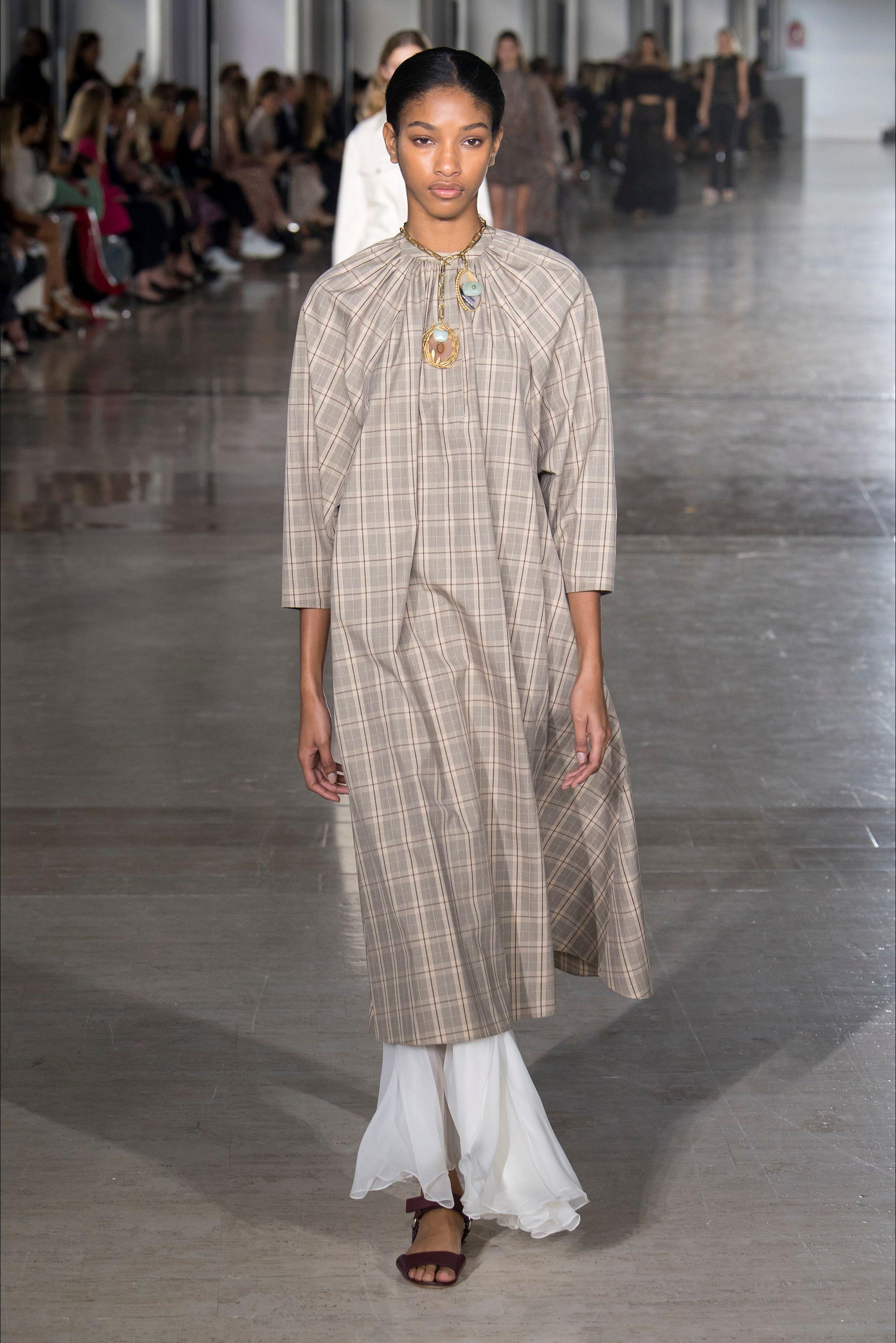 ca4d20b6074b Sfilata Giambattista Valli Parigi - Collezioni Primavera Estate 2019 - Vogue