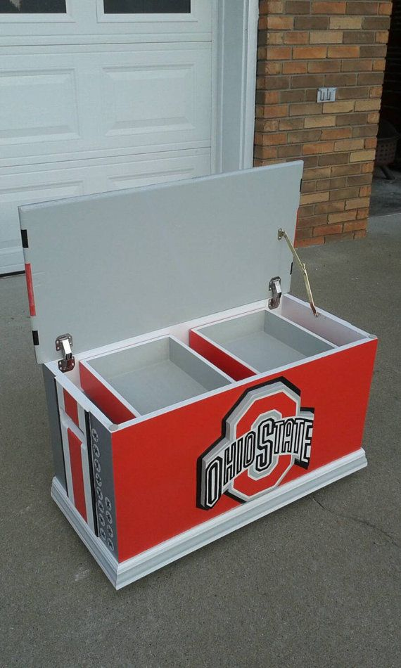 Ohio State Buckeyes (Inspired) storage, Ohio State Footlocker Style Storage/Toy box, wood hope chest.