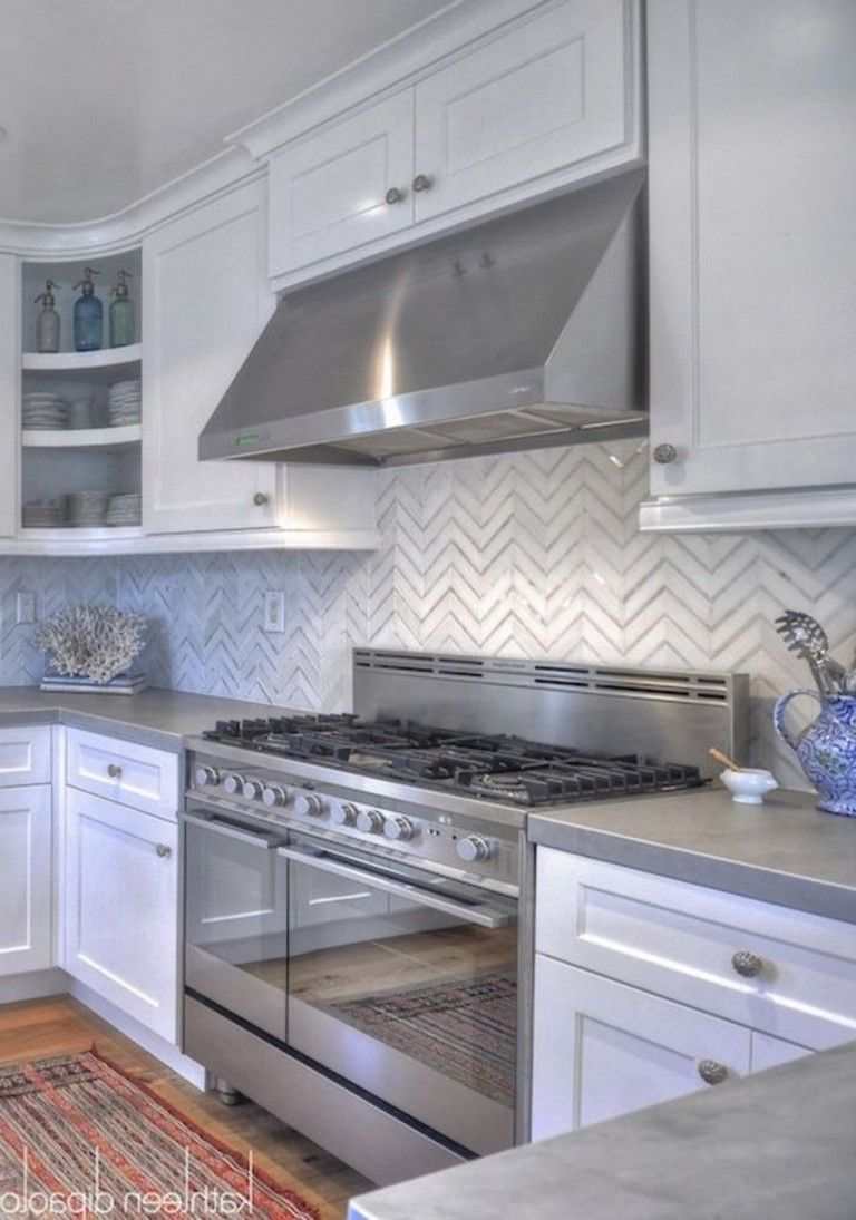 50 Outstanding Kitchen Backsplash Ideas Gray Cabinets Page 21