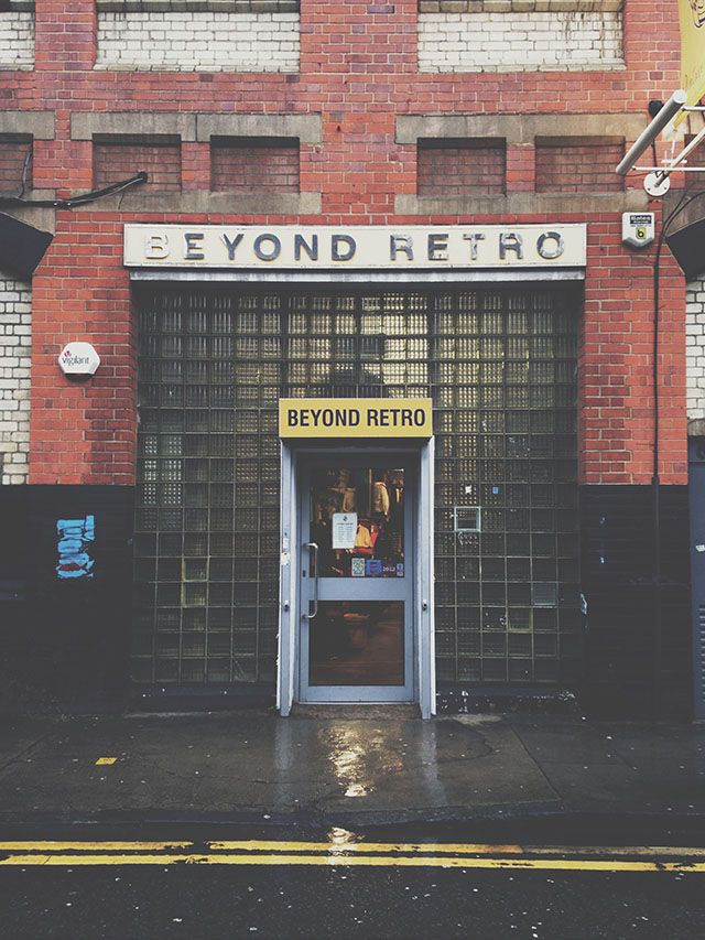 a2661baad17459  Beyond Retro  brick shop frontage. BRICK LANE East London 110-112 Cheshire  St London E2 6EJ Phone - 020.