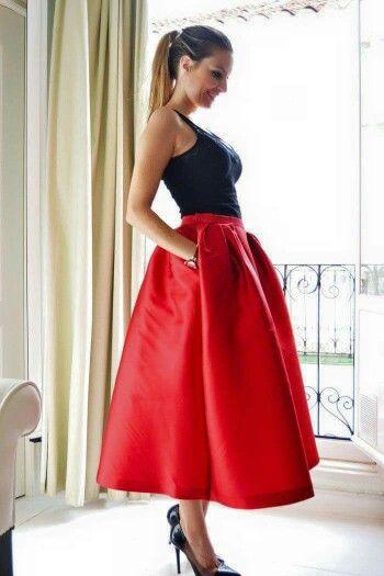 Falda amplia en rojo  3c4b5187f25f
