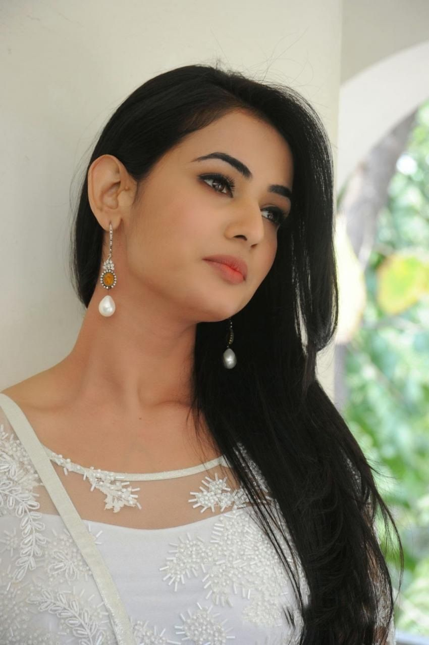 sonal chauhan wallpapers hd wallpapers | girls | pinterest | hd