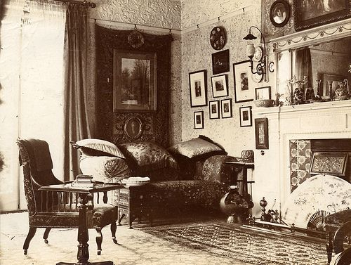 Victorian parlour the good old days pinterest for Folk victorian interior