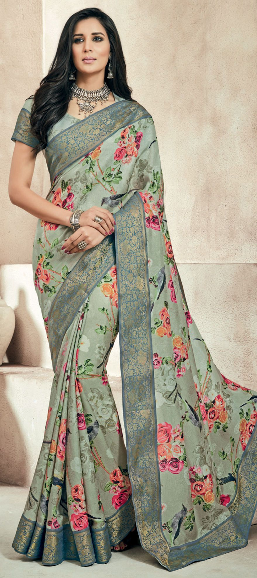 Art silk saree in green with printed work floral print
