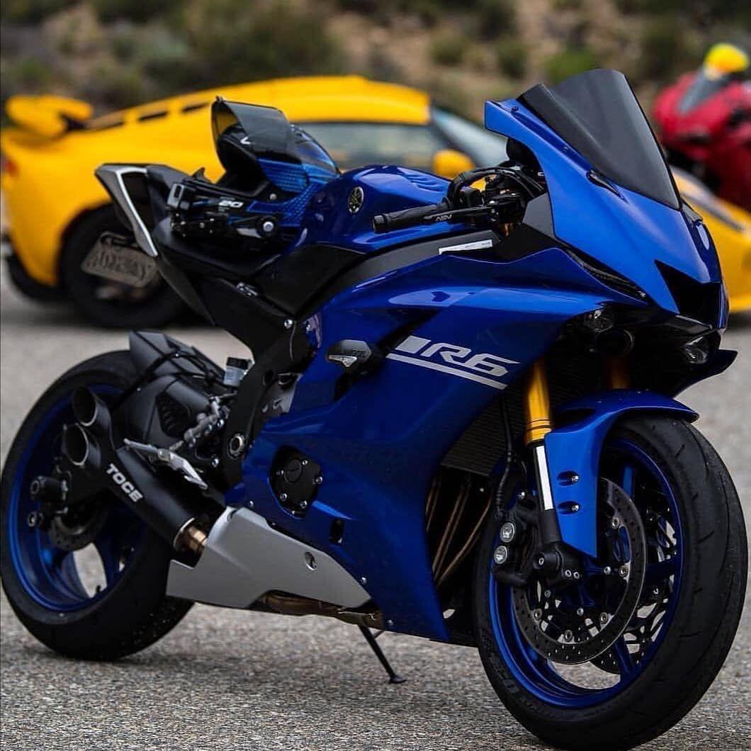 Respect Brotherhood Men S Premium T Shirt Spreadshirt In 2020 Sports Bikes Motorcycles Super Bikes Suzuki Bikes