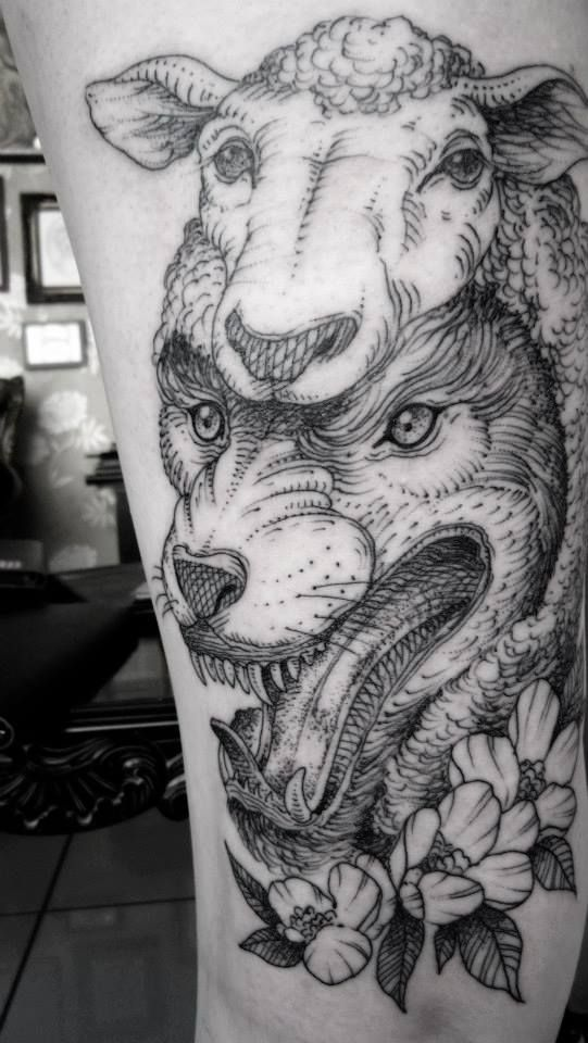 Lobo con piel de cordero - Tattoo                              …