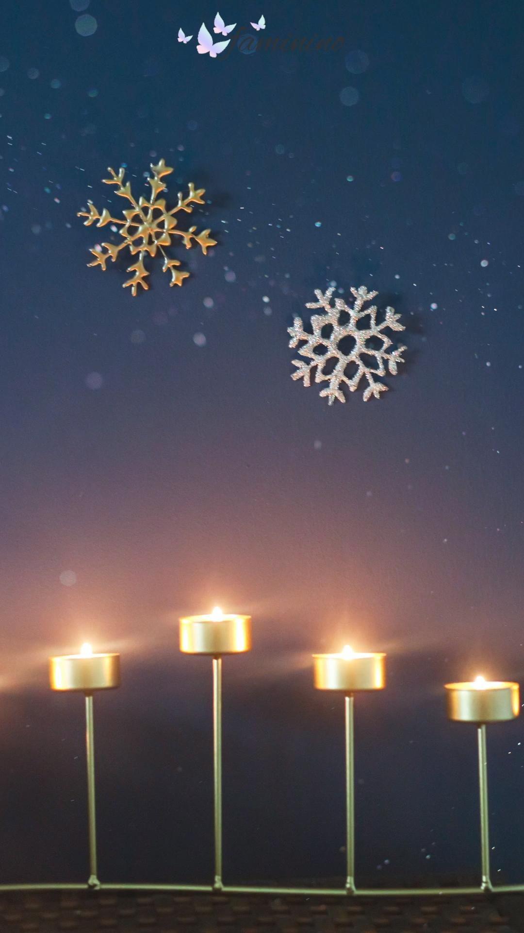 Schneeflocken aus Heißkleber? Was sich zunächst komisch anhört, entpuppt sich als wahre Schönheit! So simpel haben wir noch nie haltbare und vielseitige Schneeflocken-Deko hergestellt! #schneeflocke #weihnachten #bastelnfürweihnachten