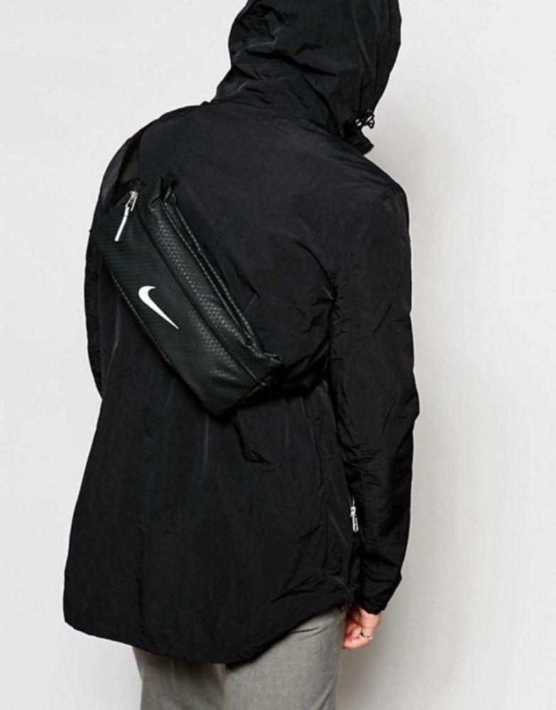 88b3765338 Nike training waist pack backpack running travel bumbag money belt Black bag  NEW  Nike