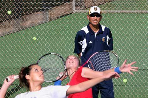 Home Court Advantage Uc Irvine Alums Mike Edles And Trevor Kronemann Draw On Eater Spirit To Coach Tennis Teams Tennis Team Tennis Irvine