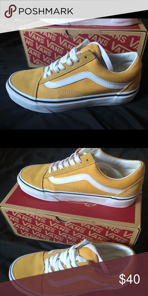 1a417f01929c Old skool vans low tops Color is ochre(mustard) true white suede... only  worn once fit is too big on me need to resale also in great condition.