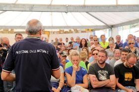 TERREMOTO ITALIA CENTRALE: IL CAPO DIPARTIMENTO INCONTRA I CITTADINI DI ACCUMOLI…