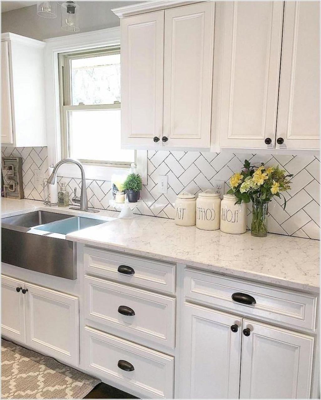 20+ Cool Modern Farmhouse Kitchen Backsplash Ideas