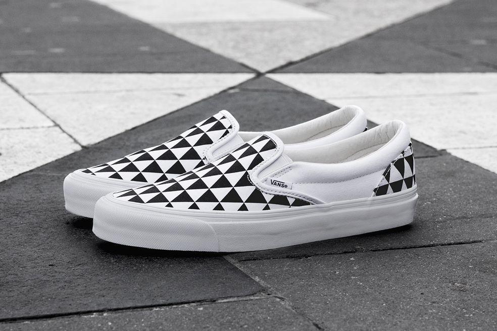 "Sneakersnstuff x Vans OG Classic Slip On LX ""Stockholm"