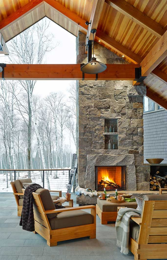 Modern Ski Home in Vermont - Check Out This Timber Frame Beauty! #mountainhomes