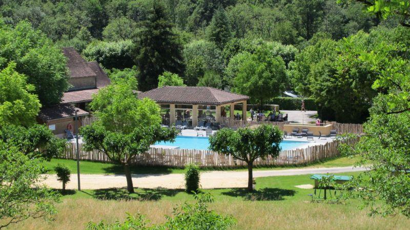 Camping Frankrijk Dordogne  Piscine chauffée de l\u0027ouverture à la
