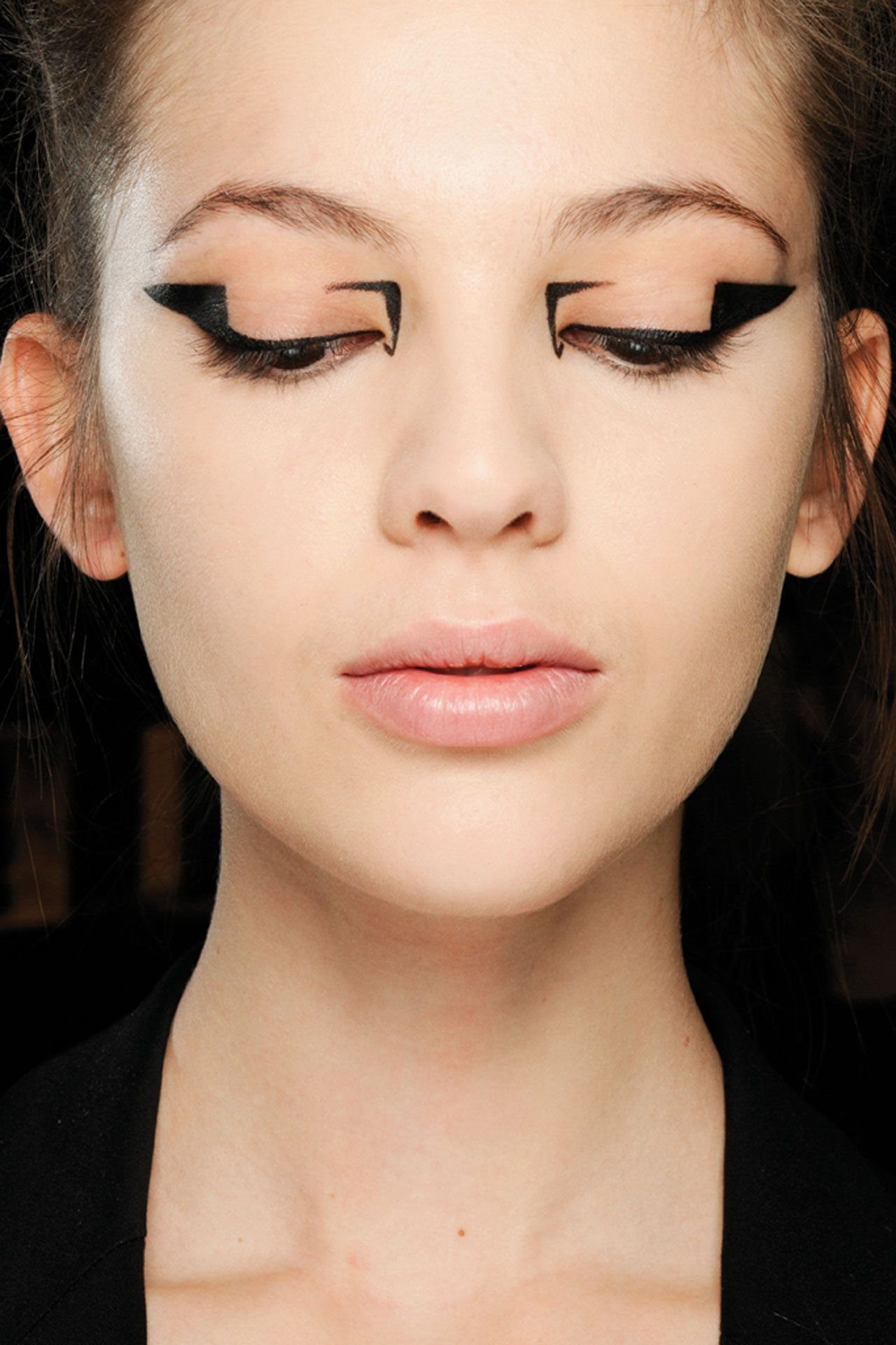 Graphic Eyes Makeup Pinterest Makeup Graphic Eyeliner And