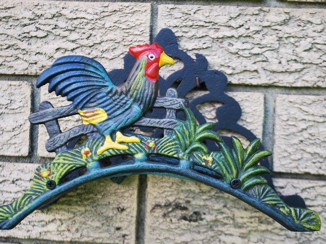 Country Rooster Cast Iron Garden Hose Holder
