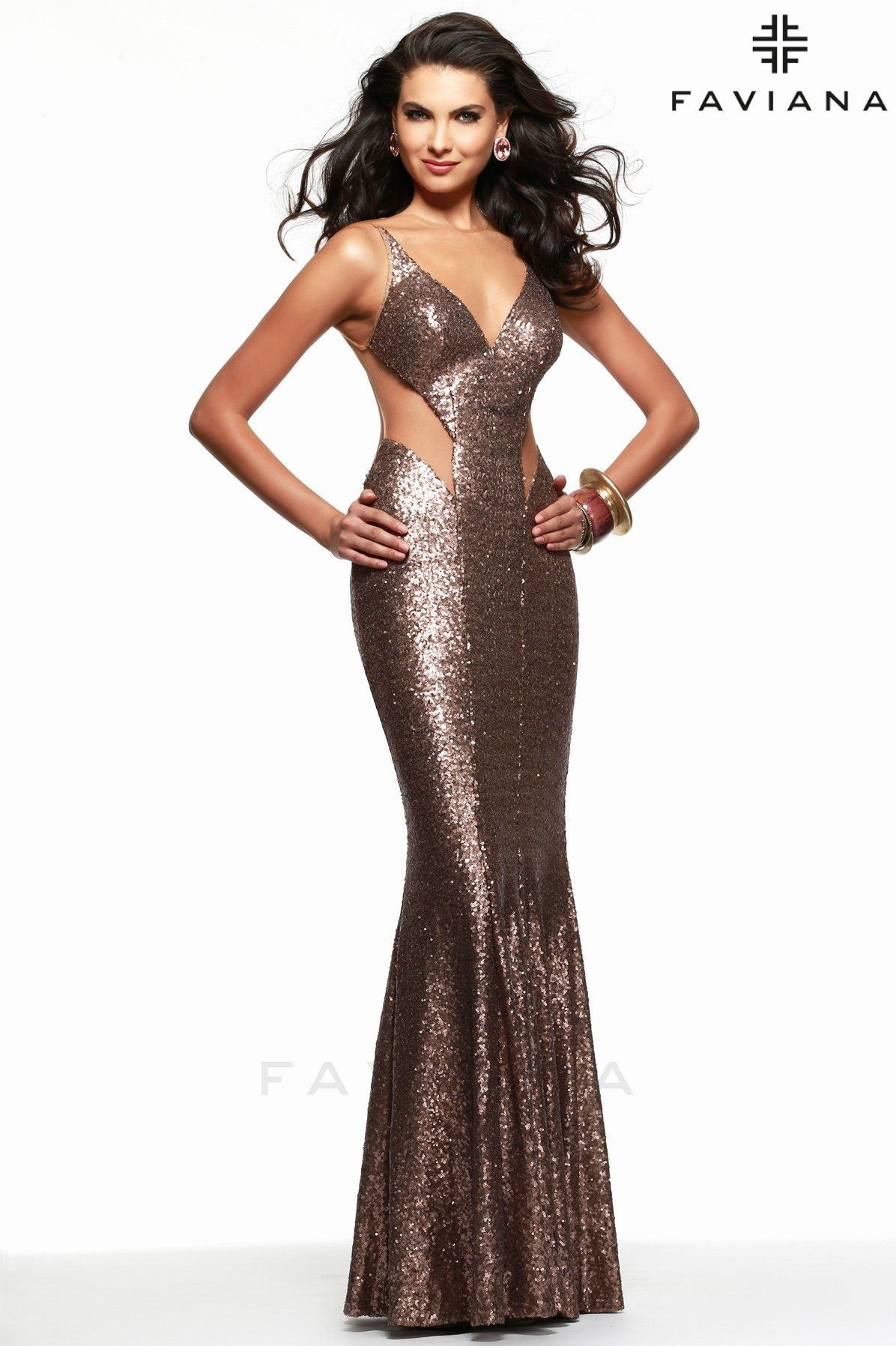 Dramatic redcarpet fully sequined prom dress with sheer side cut