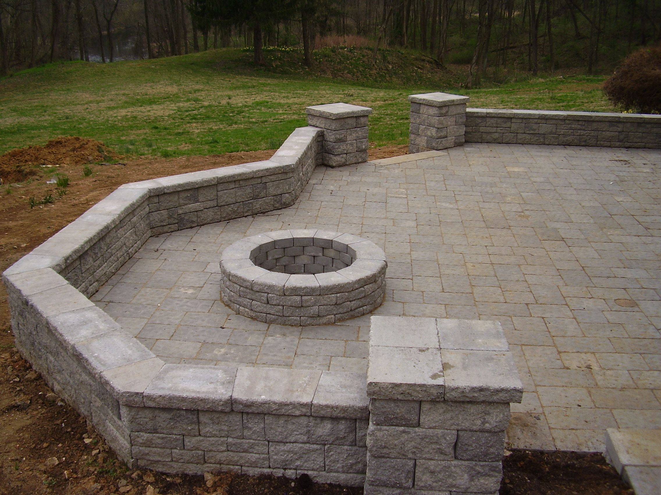 Patio With Seat Wall Columns And Fire Pit Backyard Fire Fire Pit Essentials Fire Pit Backyard