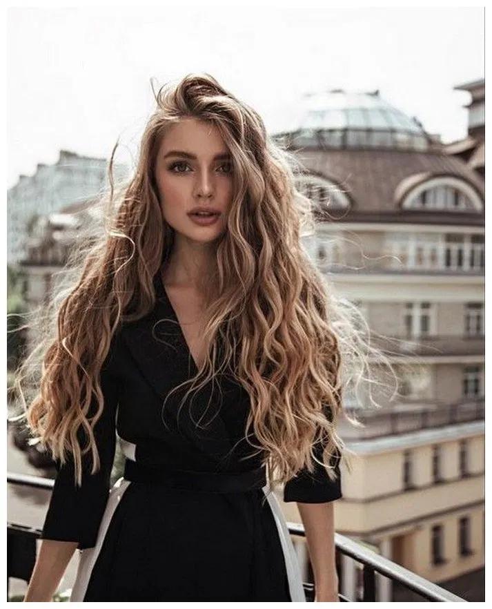 50 Best Long Wavy Hairstyles Gala Fashion Hair Styles Long Hair Styles Curly Hair Styles Naturally