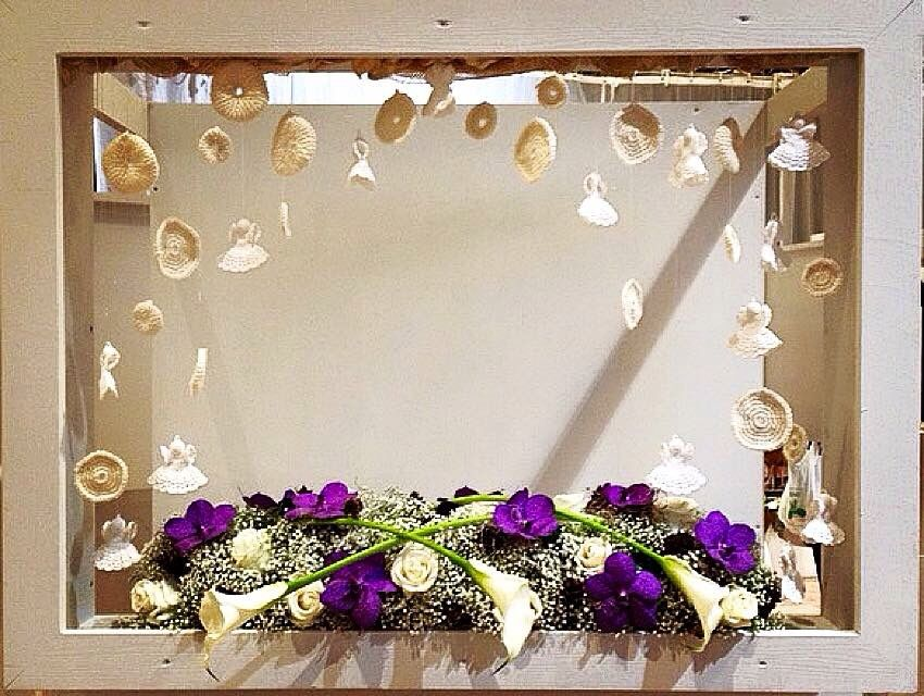 My piece @ wintermoments with Flowers in Bruges. Aspedistra, Gypsophila, Vanda-orchid and Calla.