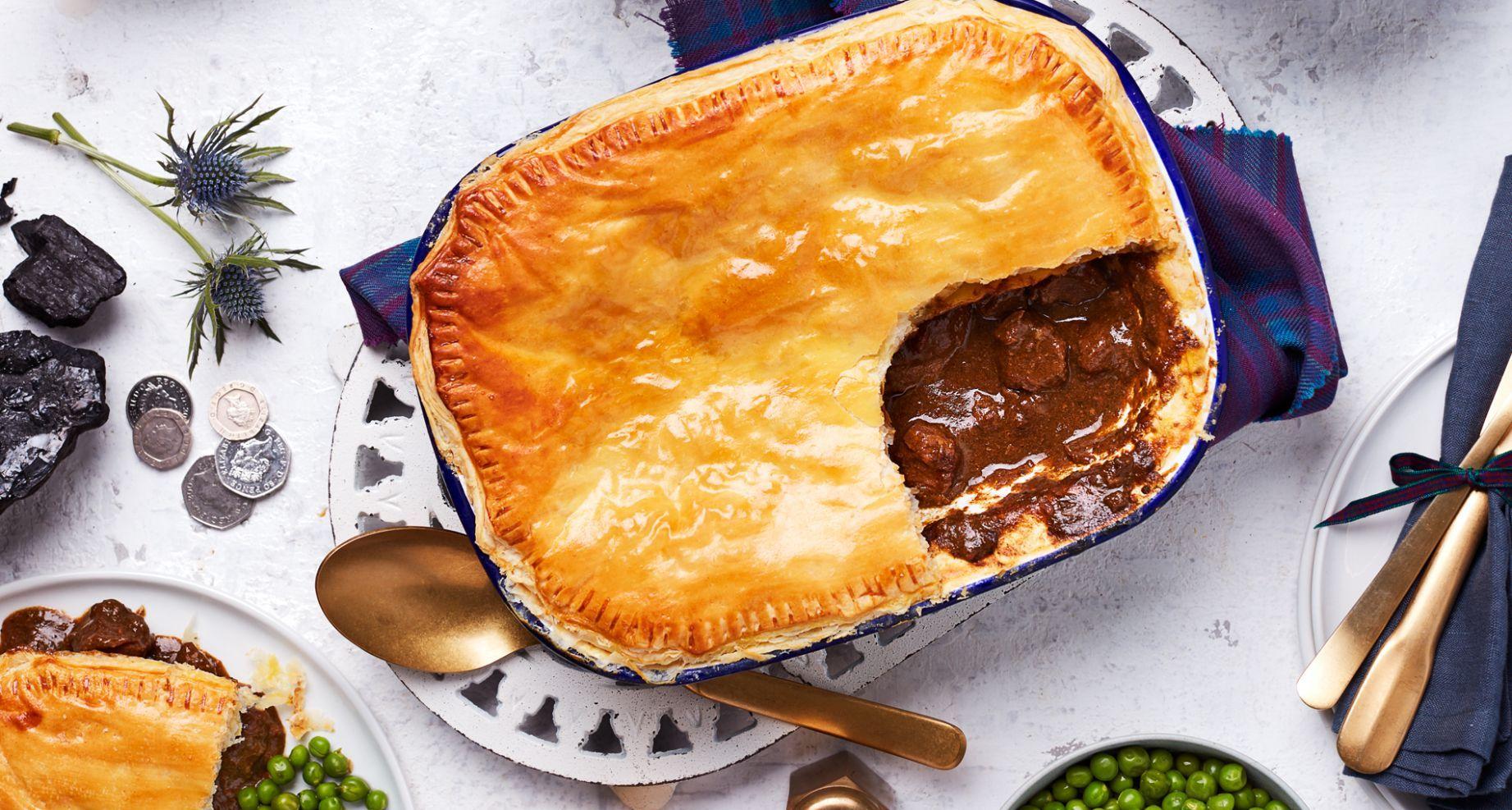 Recipes Beef Pie | Steak pie recipe, Steak pie, Pie recipes