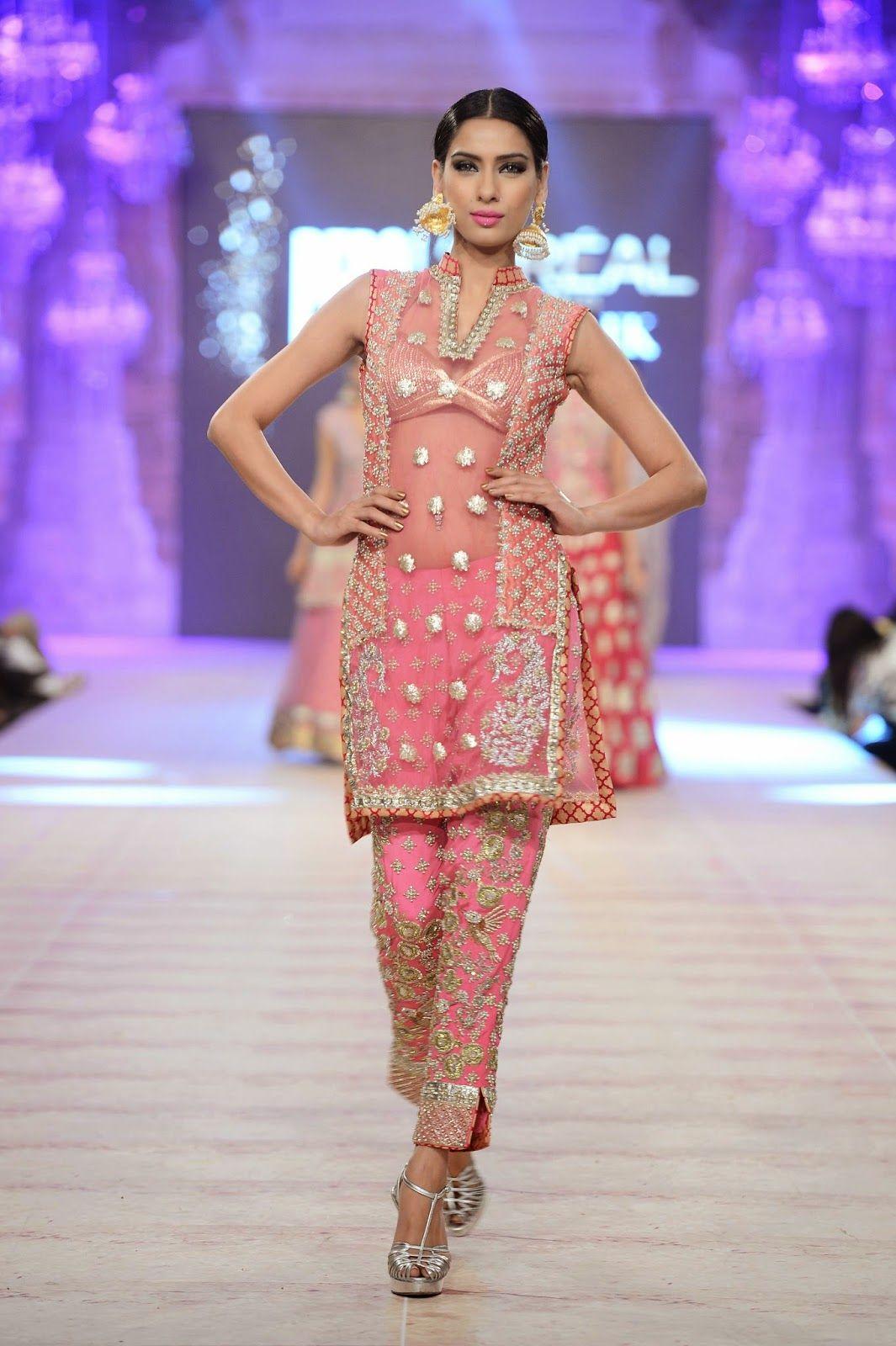 Karma+Red+(4).jpg (1065×1600) | Pakistani dresses | Pinterest | Fondos