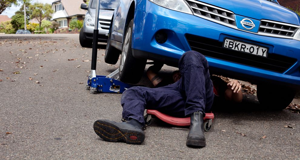 How To Safely Select A Mobile Mechanic Mobile Mechanic Mobile Auto Repair Car Repair Service