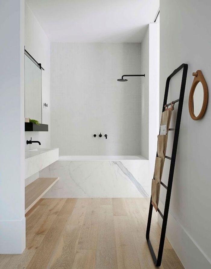 bambou parquet salle de bains marbre