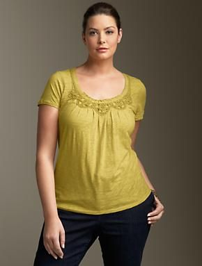 I love casual tops with pretty details.