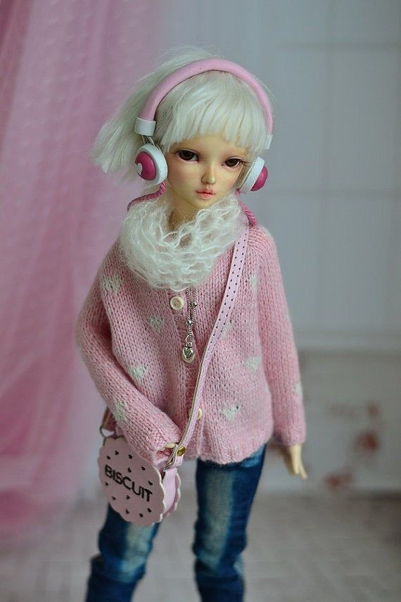 Photo of Pink mohair scarf for doll 1/4 bjd