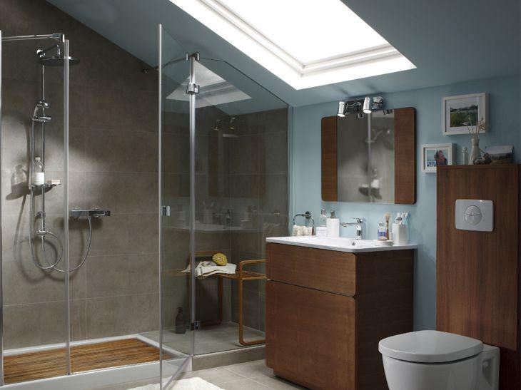 Une Salle De Bains Sous Les Toits Leroy Merlin Attics - Travaux salle de bain leroy merlin