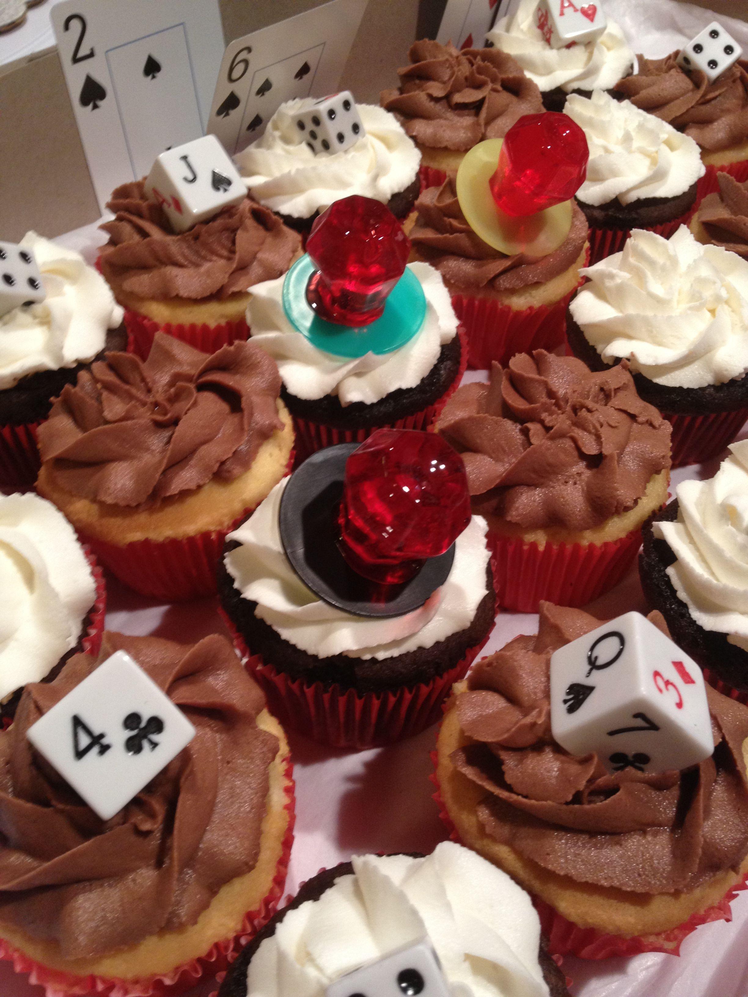 vegas themed wedding shower cupcakes by twiggs n berries bake shoppe