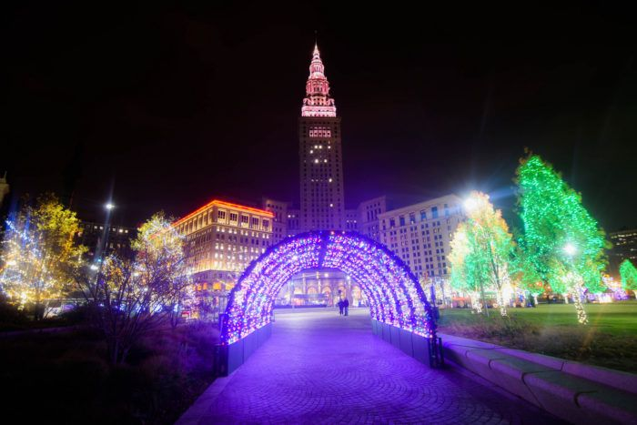 The Christmas Lights Road Trip Around Cleveland Thatu0027s Nothing Short Of  Magical