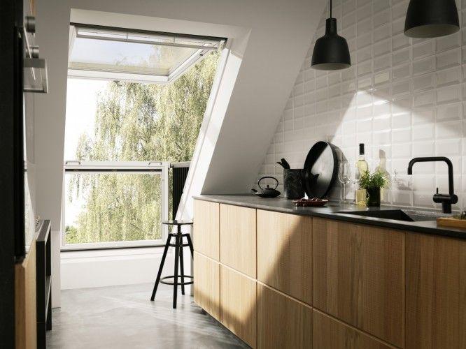 Keuken Met Dakraam : Velux balkon in schuin dak. cabrio balkonvenster in keuken