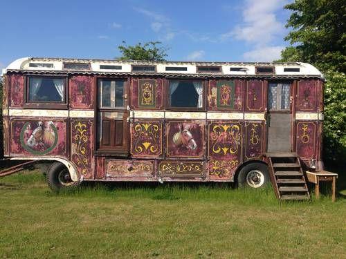 showmans caravan for sale 1946 small living big life caravan caravans for sale caravans. Black Bedroom Furniture Sets. Home Design Ideas
