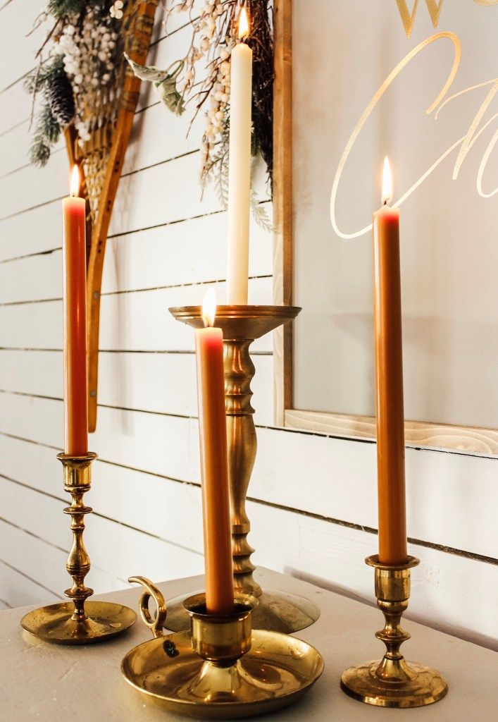 Steps To Creating A Welcoming Entryway For Christmas | Fletcher Creek Cottage   #fletchercreekcottage #candles #christmasdecorations #homeforchristmas #brassdecor
