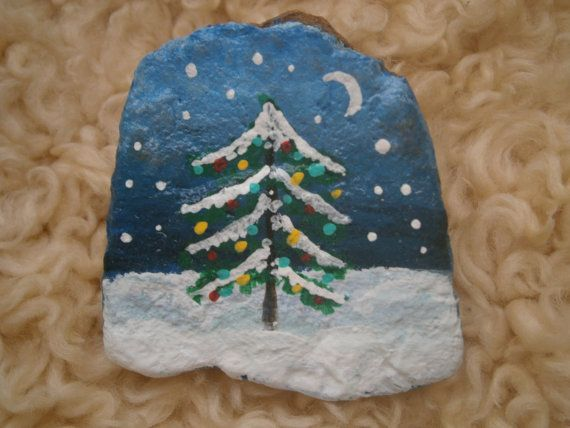 Painted Rock Christmas Tree Diy Christmas Paintings Christmas Paintings Christmas Rock
