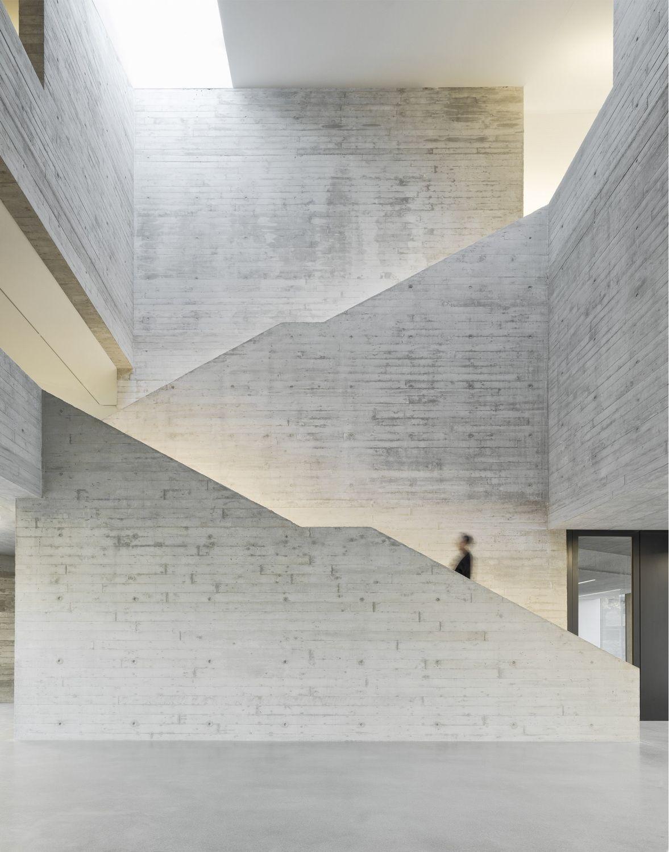 Zeitreise in Klinker - Kulturhistorisches Zentrum in Vreden von Pool Leber #modernpoolarchitecture