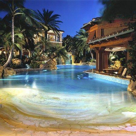 Merveilleux Tropical Home Design With Mini Pool (108)