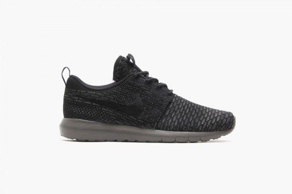 c0368d031917d Nike Flyknit Roshe Run  Black Midnight Fog