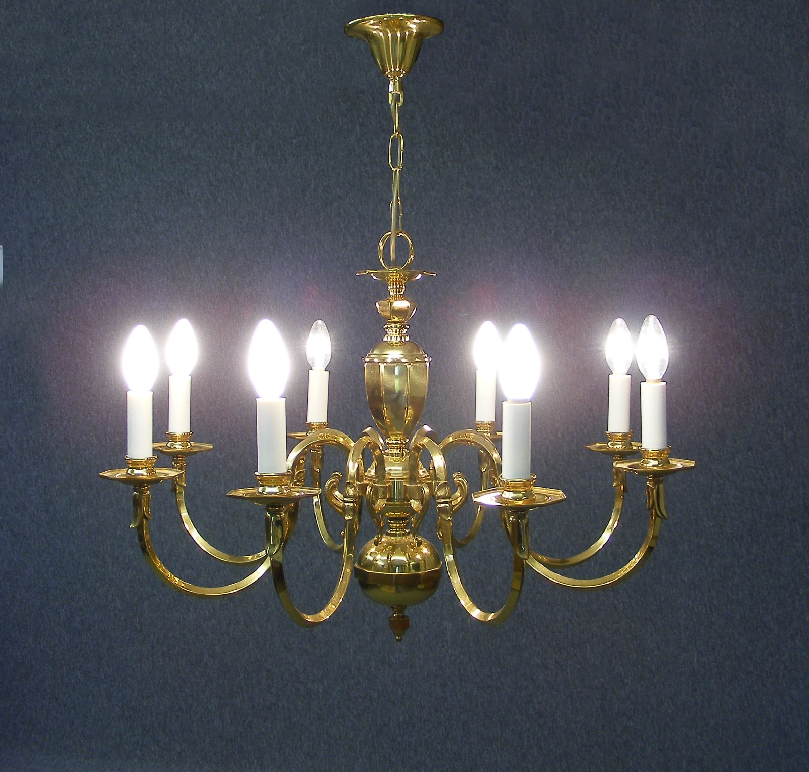 Georgian Chandelier: Large Brass Georgian Style 8 Branch Chandelier £175 Ono