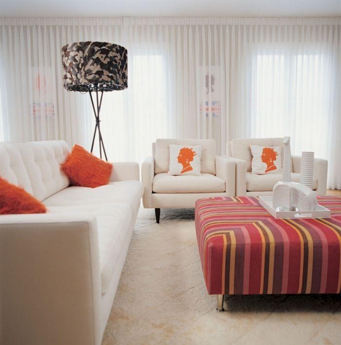 Moderne Wohnzimmergestaltung in Cremeweiß und Orange gardinen - wohnzimmergestaltung