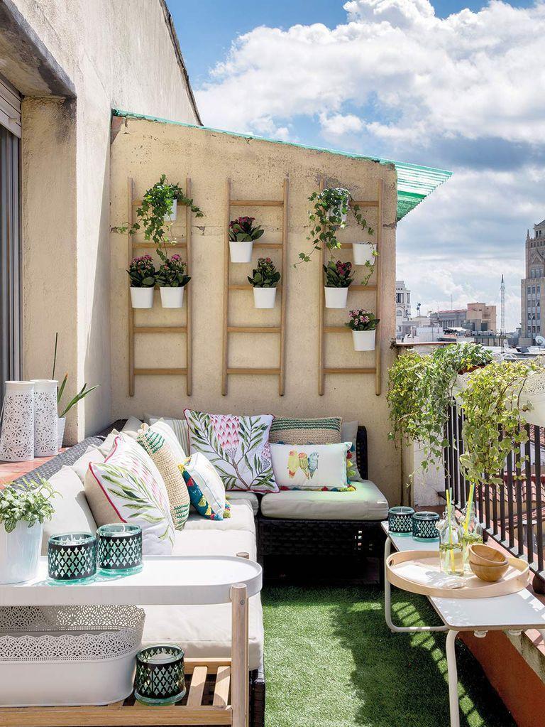 12 Ideas geniales para renovar la decoración de terrazas mini, balcones y patios