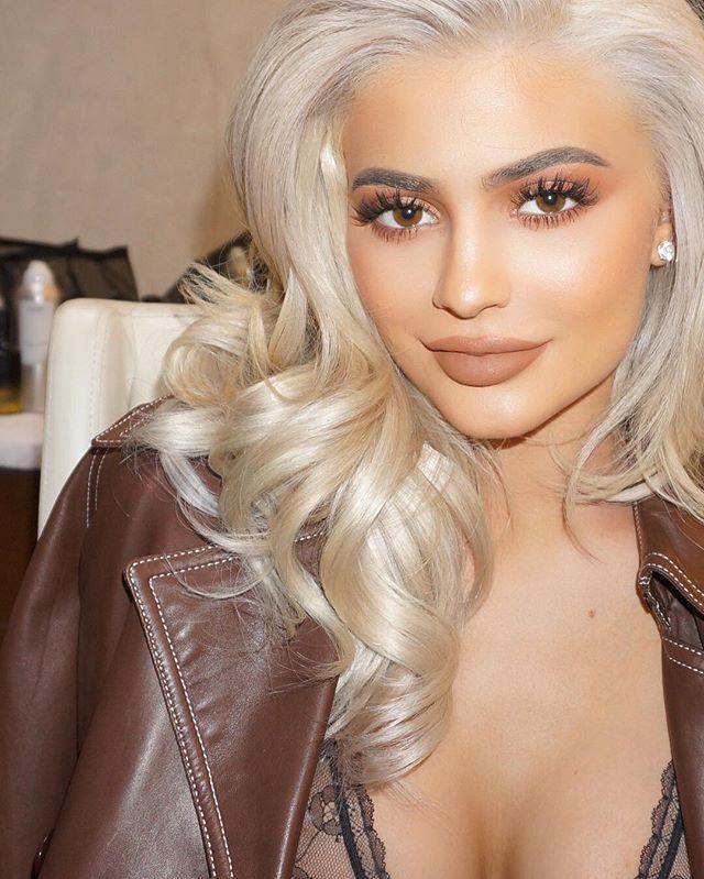 kyliecosmetics makeupbyariel Brown Sugar lips available