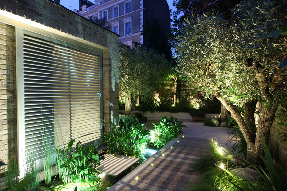 Lighting design by John Cullen Lighting | Outdoor garden ...