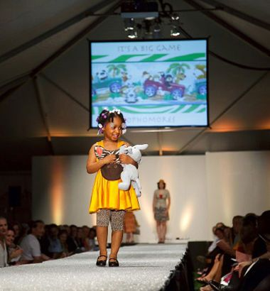 Moore College Of Art Design S Fashion Show From 2009 Fashion Design Fashion Show College Art