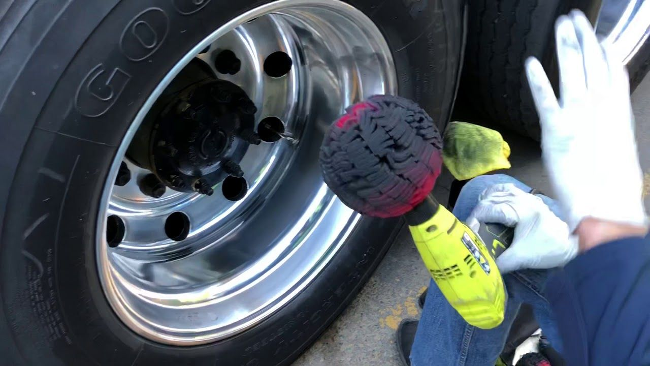 How To Polish Aluminum Wheels And What Products I Use Youtube Polishing Aluminum Aluminum Wheels Wheel